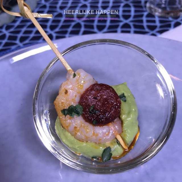Chorizo gamba met avocadocrème