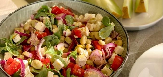Frisse tuinboon salade met postelein