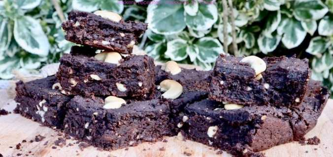 Zwarte bonen cashew brownies