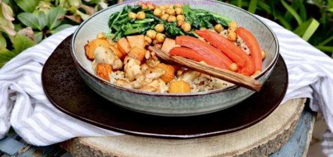Quinoa bowl met verse groenten