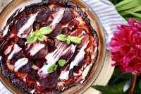 Zoete bieten en bramen tarte tatin
