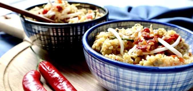 Pittige bulgur nasi met kippendij