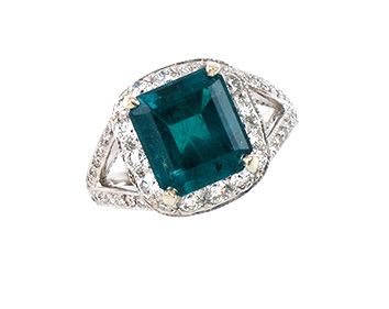 ring-diamond-birthstone