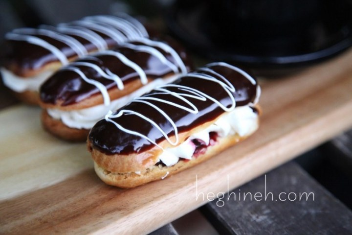 Homemade Chocolate Eclairs Recipe