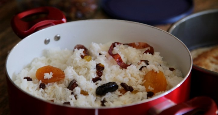 Armenian Easter Dish - Rice with Raisins
