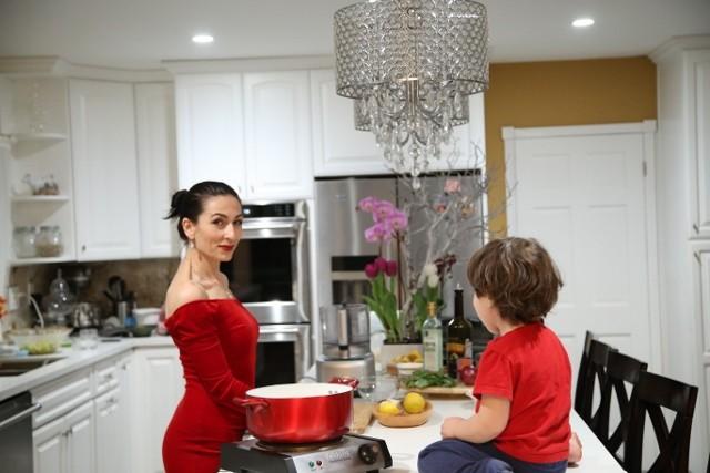 Marinara Sauce - Մարինարա Թանձրուկ - Heghineh Cooking Show