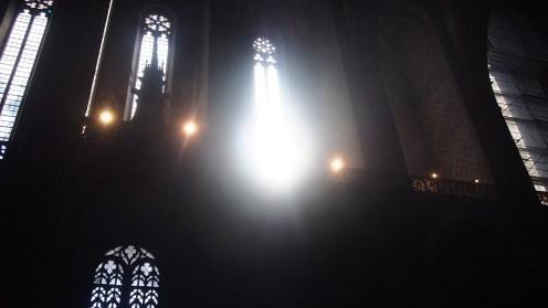et la lumière