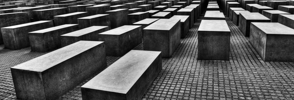 holocaust - Inspiring Ohel Jacob Synagogue and Hehaver Community - 1934
