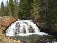 Wasserfall auf dem Weg zu Navarsete