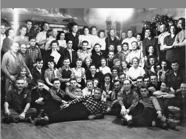New Year's Eve at the Sierra Haus in 1939. The Sierra Haus was built in 1931 and burnt down in 1943.