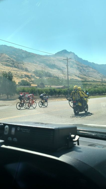 Eric Heiden follows the riders from Brigham City to Snowbasin Resort - Day 2 TOU