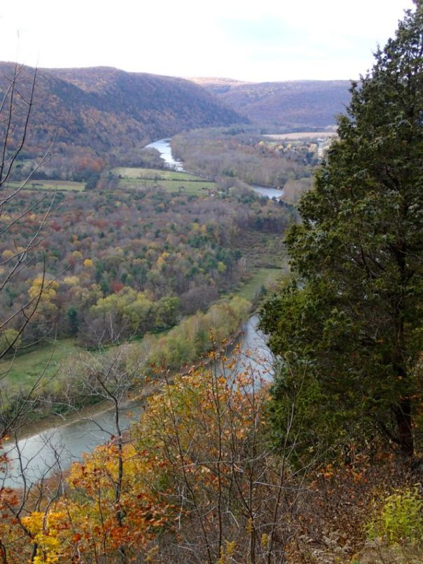Fall_Colors_Chemung_River_Finger_Lakes_New_York