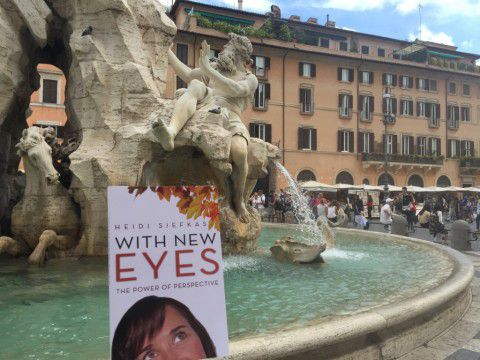 With_New_Eyes_Spotted_at_Piazza_Navona_Rome