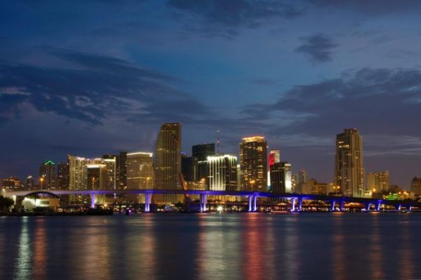 Night_Miami_Florida_Skyline