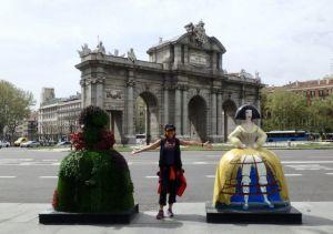 Heidi_Siefkas_and_Las_Meninas_Street_art_Madrid_Spain