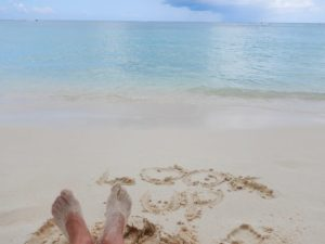 Look_Up_with_Feet_on_Seven_Mile_Beach_Grand_Cayman