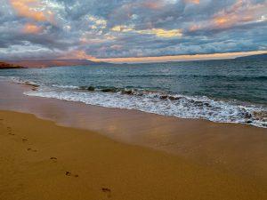 Sunset_Beach_Walk_Maui