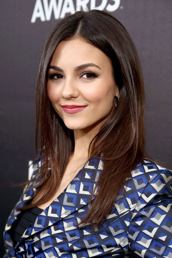Victoria Justice Height And Weight Measurements