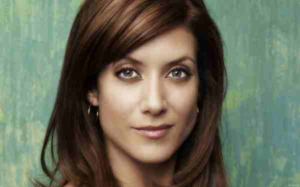 Kate Walsh Height Weight Bra Bio Figure Size