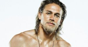 Charlie Hunnam's height