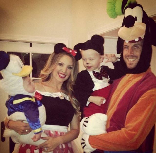 Who is alex smith wife, Elizabeth Barry? Family, bio, quick facts(