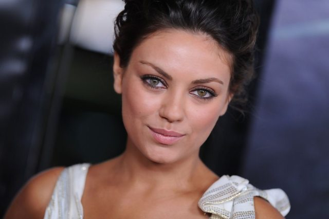 Mila Kunis' height eyes