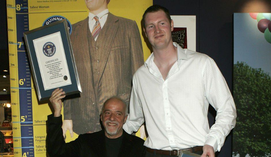Neil Fingleton's height dp