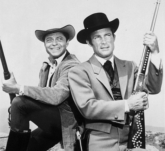 """Robert Conrad with Ross Martin on the set of """"The Wild Wild West"""""""