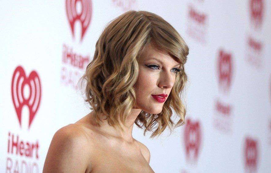 Taylor swift quotes tattoo and short hair taylor swift quotes tattoo and short hair urmus Images