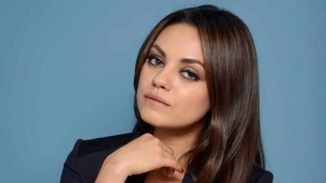 Mila Kunis height 1