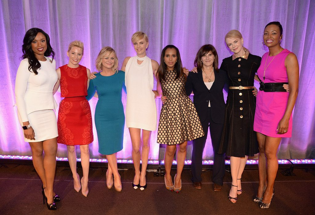 Charlize Theron's height 4