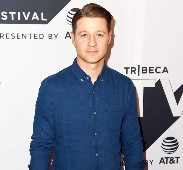 Ben Mckenzie Wife Height Age Net Worth Daughter Bio
