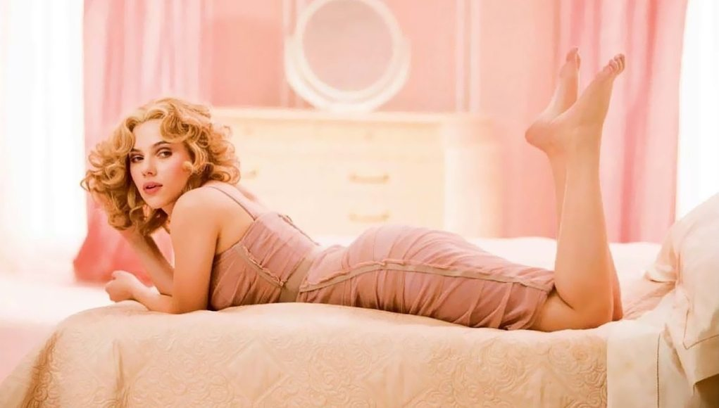 Scarlett Johansson Feet Shoe Size And Shoe Collection