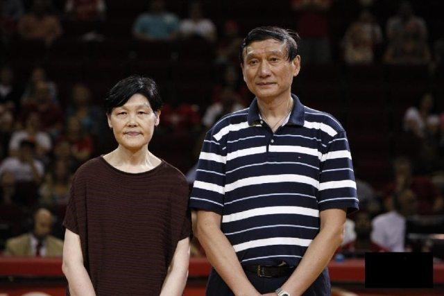 yao's parents1