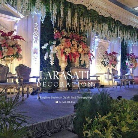 Larasati dekorasi pernikahan tulung agung