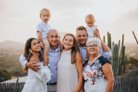 kado anniversary pernikahan orang tua