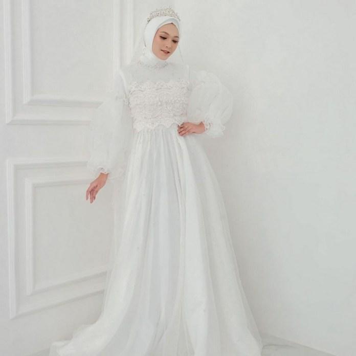 Wedding dress mewah hijab putih