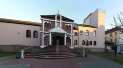 360° Panorama-Bild Vorderansicht unserer Kirche.
