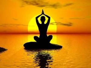 Entdecke die Kundalini Kraft und lass sie durch deine Chakren strömen beim Meditation, Qigong und Schweigeseminar für Frauen in Wildeshausen beim Mikado