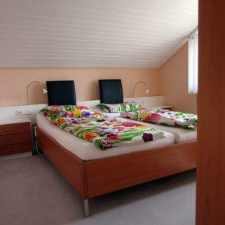 Holzdoppelbett