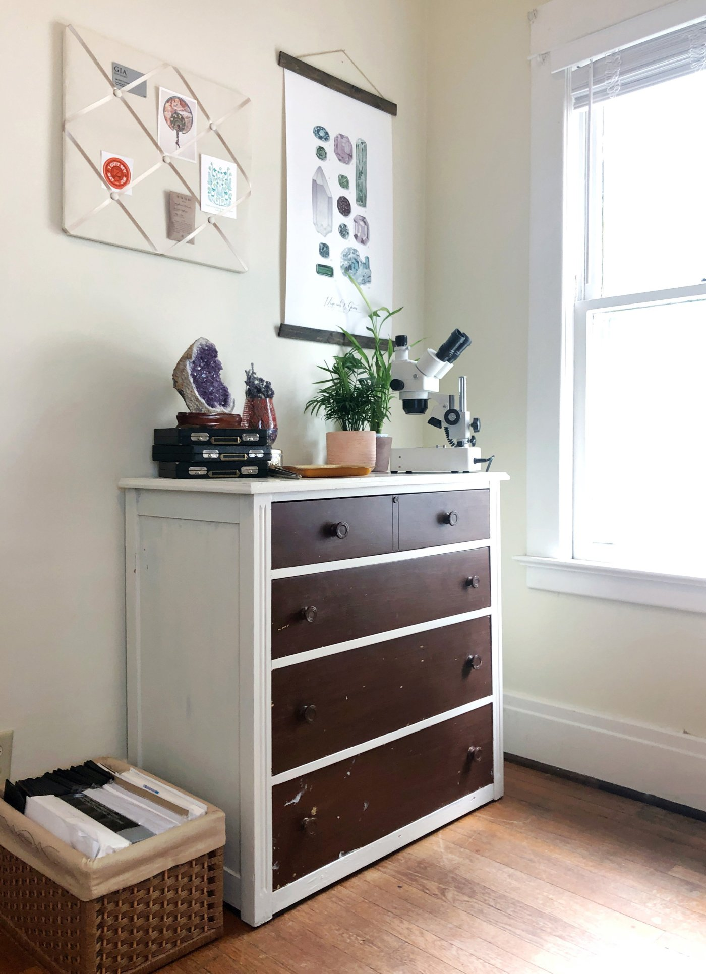 DIY Dresser Makeover - Painting an old dresser