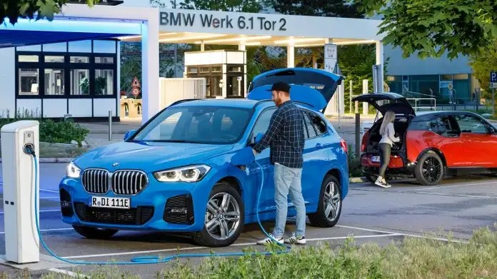 BMW X1 and i3