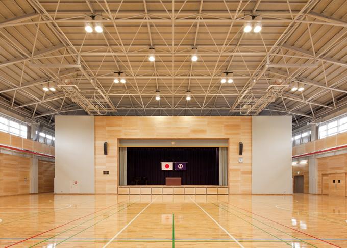 02東小学校体育館2