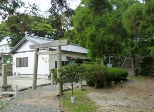 「おべん」を祀る海女潜女神社