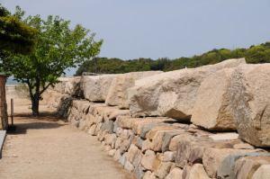 小豆島に大阪城の残念石
