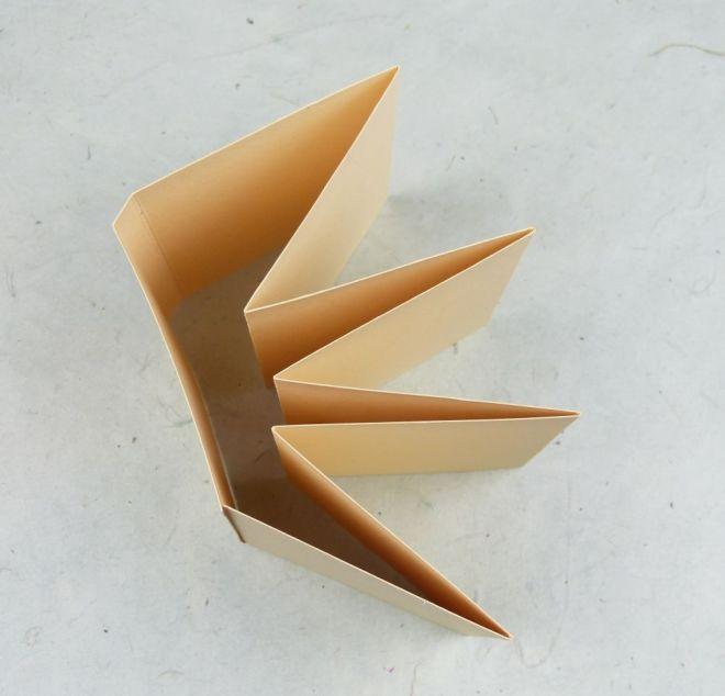 Faltvorlage für ein Leporello mit Umschlag