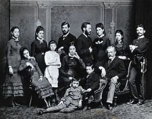 Freud_family_group._Photograph,_c.1876._Wellcome_V0027598