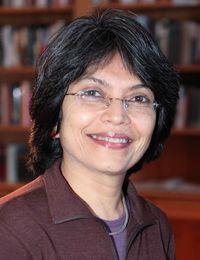 د. صبا محمود، مؤلفة كتاب سياسة التقوى : الإحياء الإسلامي ومسألة