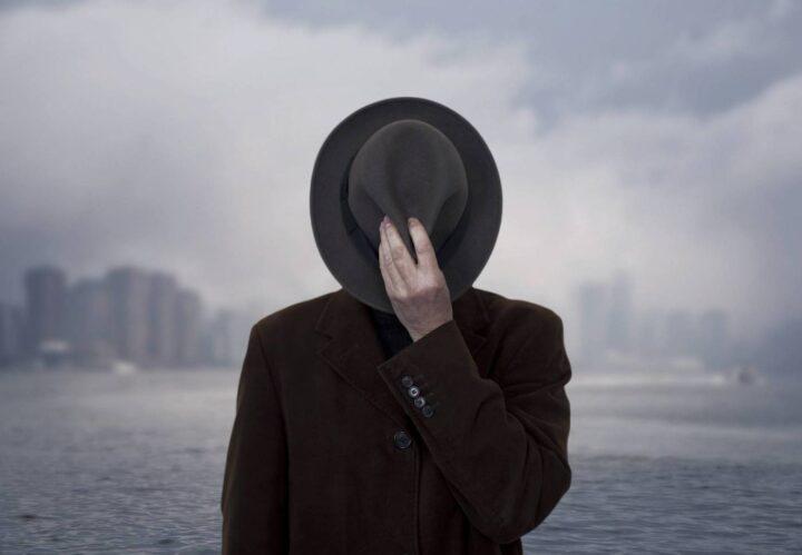 لماذا يقصدُ الرجالُ بائعات الهوى ؟ - جولي بيندل / ترجمة: مصطفى الحفناوي