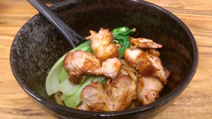 花蓮市小檳城特色南洋麵食,叉燒黯然又銷魂配上湯頭濃郁的白咖哩麵